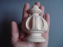 Wooden half round base finial 0030